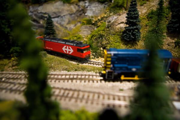 H0 scale model train